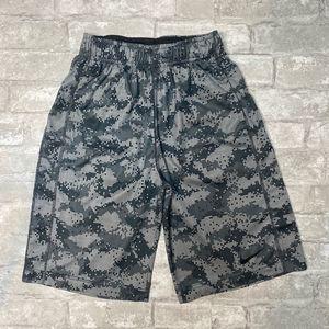 Nike Dri-Fit Shorts Youth Medium